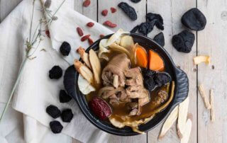 aged-plum-herbal-soup-with-chicken